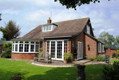 6 Bedrooms Detached House for sale in Walpole St. Peter, Wisbech