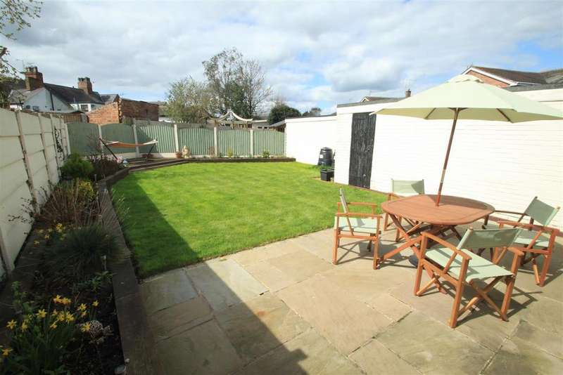 5 Bedrooms Semi Detached House for sale in Calver Crescent, Sapcote