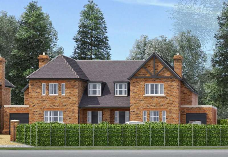 4 Bedrooms Semi Detached House for sale in London Road, Shenley