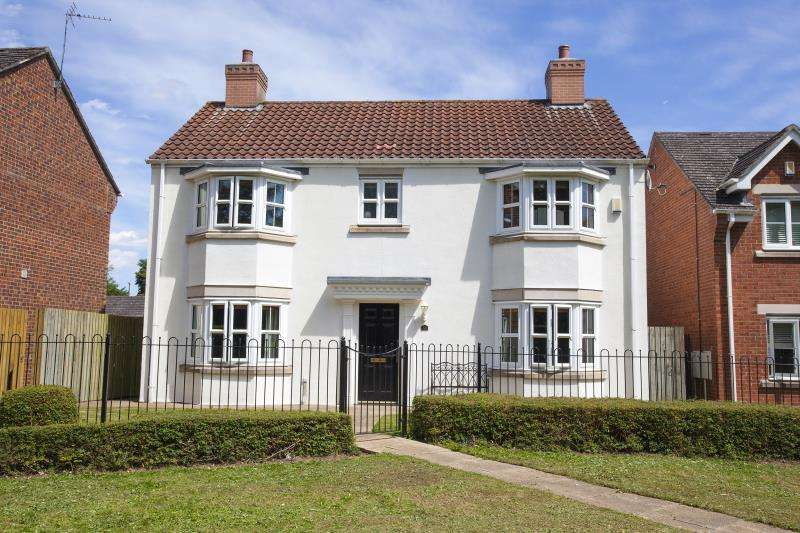4 Bedrooms Detached House for sale in Bouch Way, Barnard Castle, County Durham