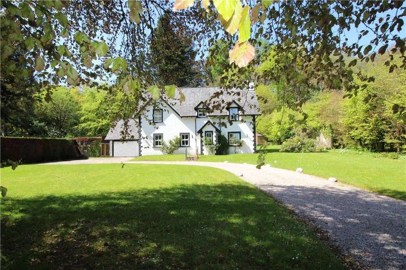 3 Bedrooms Detached House for sale in Tarbert Road, Ardrishaig, Lochgilphead, Argyll and Bute