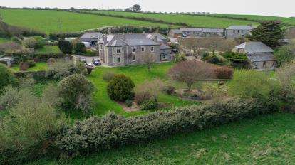 6 Bedrooms Detached House for sale in Crantock, Newquay, Cornwall