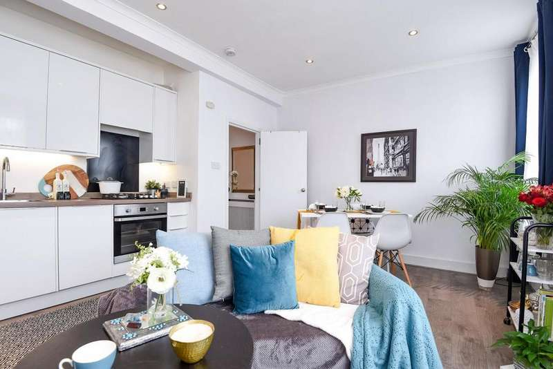 2 Bedrooms Flat for sale in Brookdale Road, Catford
