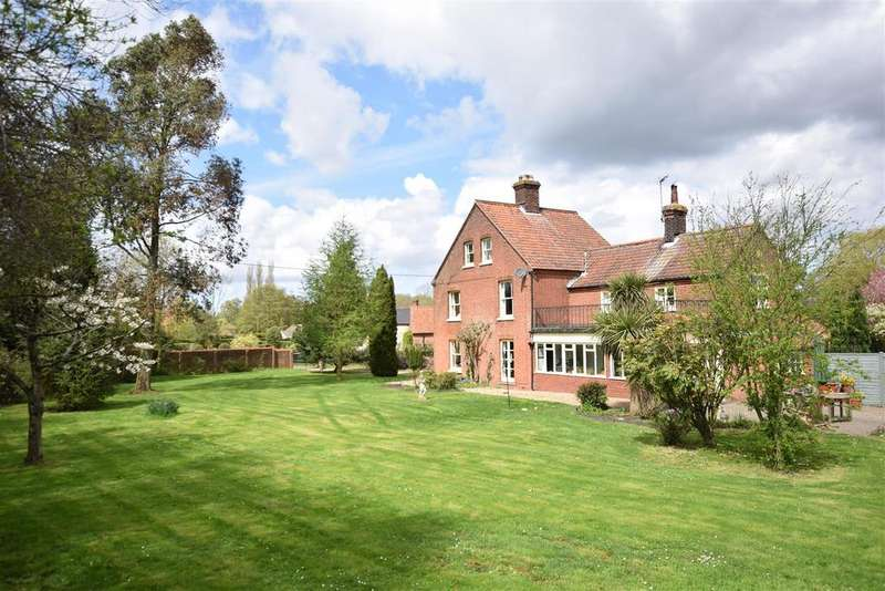 6 Bedrooms Detached House for sale in Briningham, Melton Constable, North Norfolk