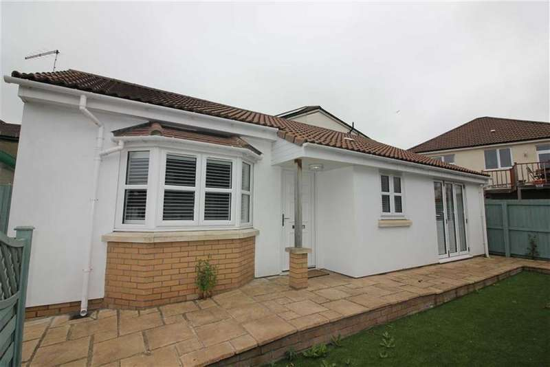 2 Bedrooms Detached Bungalow for sale in Russell Grove, Westbury Park, Bristol