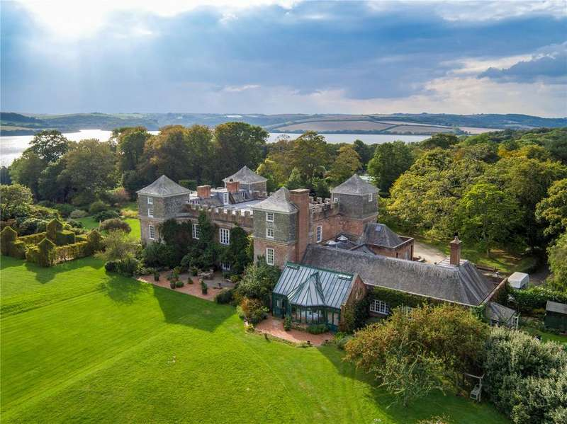 13 Bedrooms Country House Character Property for sale in Saltash, Cornwall