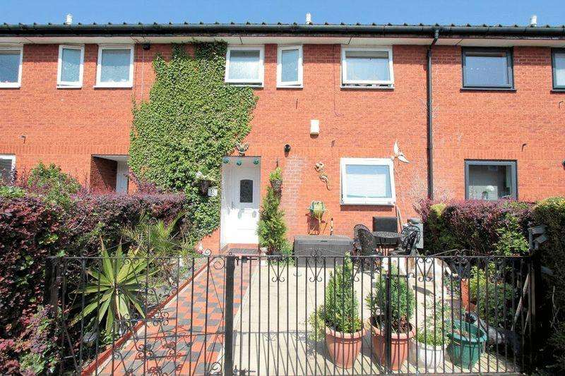 3 Bedrooms Terraced House for sale in Maes Bryn Melyd, Rhyl