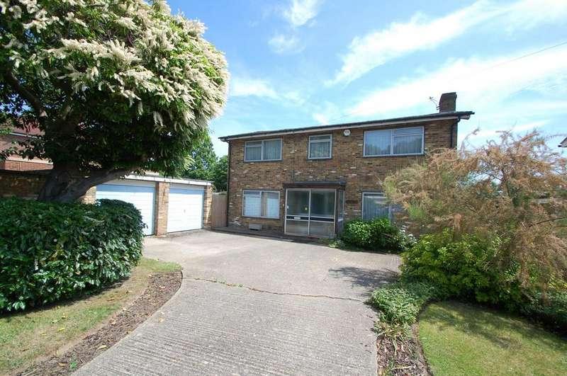 4 Bedrooms Detached House for sale in Journeys End, Stoke Poges, SL2