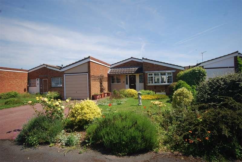 3 Bedrooms Detached Bungalow for sale in 8 Parton Close, Wendover, Buckinghamshire
