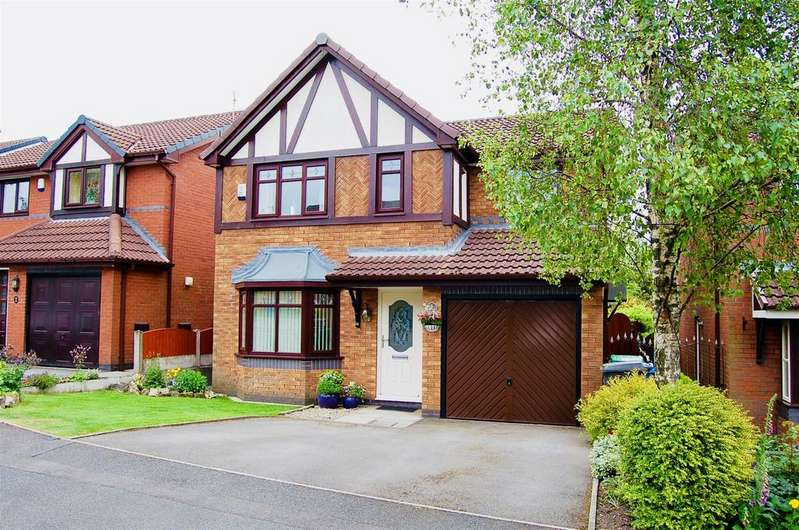 3 Bedrooms Detached House for sale in Givvons Fold, Watersheddings, OL4 2SH