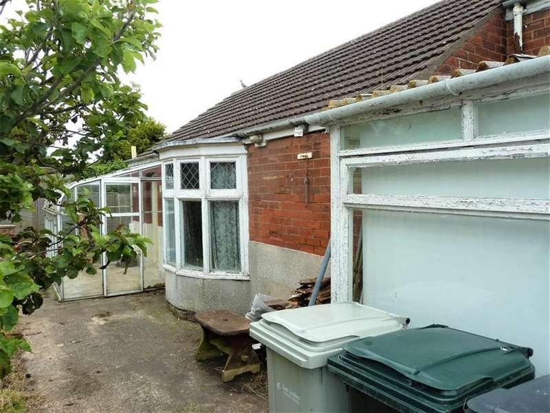 2 Bedrooms Detached Bungalow for sale in Waterloo Road, Mablethorpe, LN12 1JP