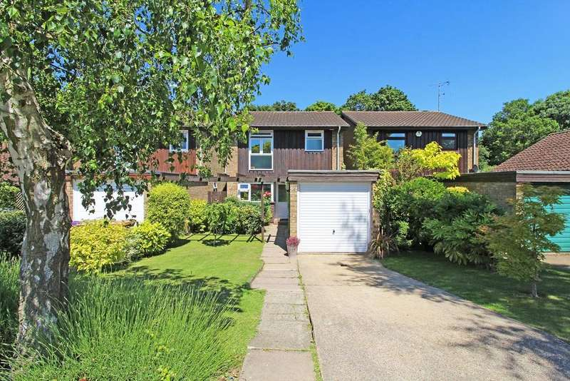 3 Bedrooms Detached House for sale in Dents Close, Letchworth Garden City, SG6