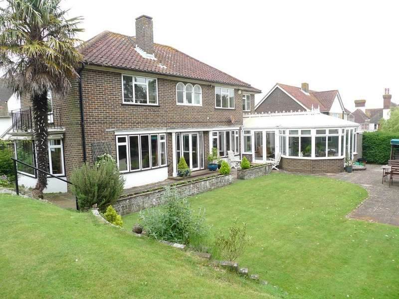 5 Bedrooms Detached House for sale in Denton Road, Meads, Eastbourne, BN20
