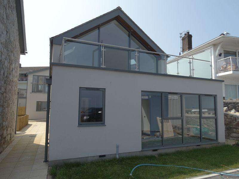 3 Bedrooms Detached House for sale in Cayley Promenade, Rhos on Sea