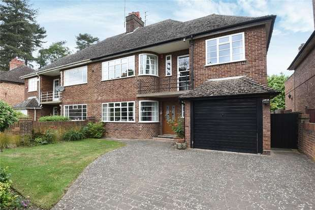 4 Bedrooms Semi Detached House for sale in Park Avenue, Bedford