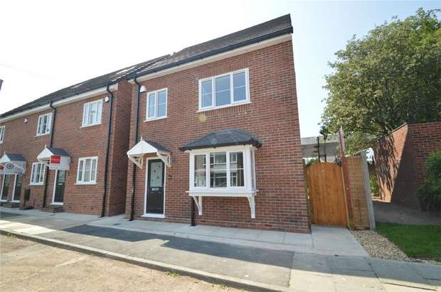 4 Bedrooms Detached House for sale in East Street, Audenshaw, Manchester