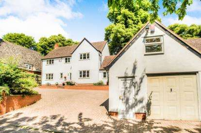 3 Bedrooms Detached House for sale in Brownsover Lane, Rugby, Warwickshire, England