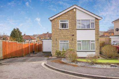 4 Bedrooms Detached House for sale in Norton Close, Kingswood, Bristol