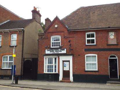 2 Bedrooms Semi Detached House for sale in High Street South, Dunstable, Bedfordshire, England