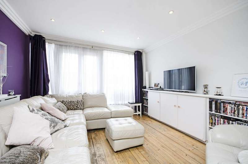 3 Bedrooms House for sale in Water Lane, Stratford, E15