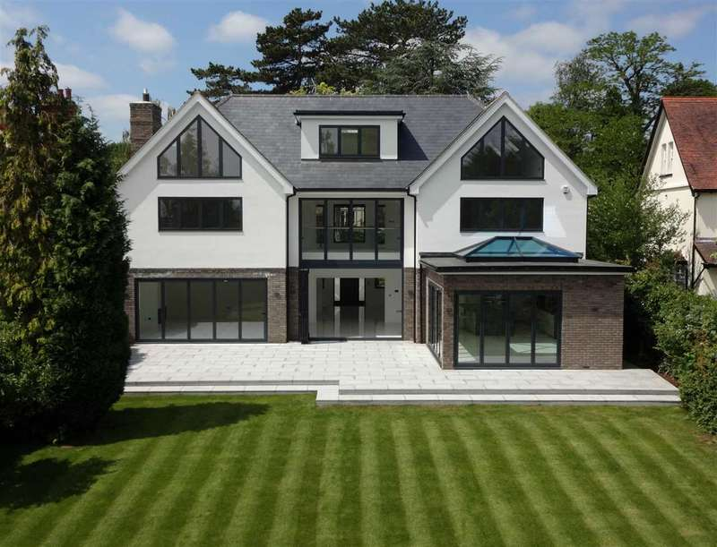 6 Bedrooms Detached House for sale in Hillwood Grove, Hutton Mount