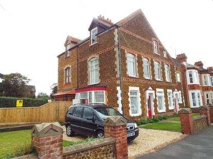 4 Bedrooms Semi Detached House for sale in Hunstanton, Kings Lynn, Norfolk