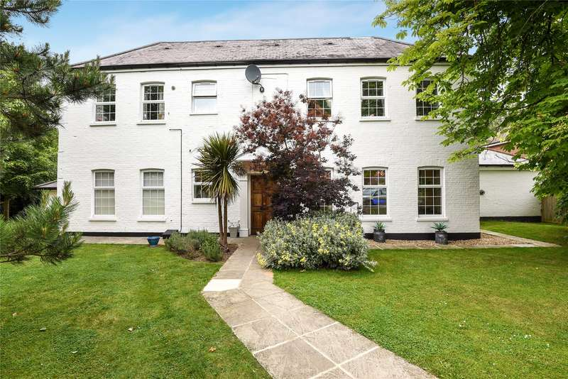 2 Bedrooms Apartment Flat for sale in Warfield Chase, Oxfordshire Place, Warfield, Bracknell, RG42