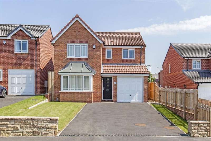 4 Bedrooms Detached House for sale in St. Philips Drive, Hasland, Chesterfield
