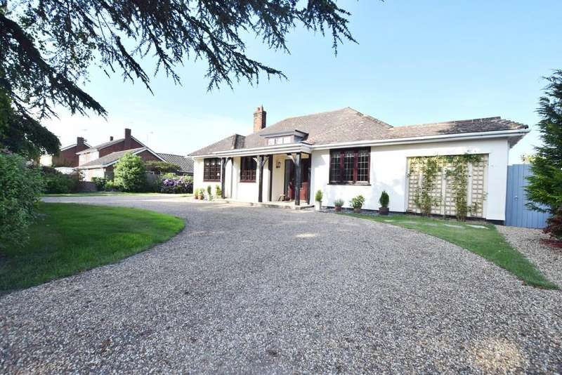 3 Bedrooms Chalet House for sale in New Thorpe Avenue, Thorpe-le-Soken, CO16 0LP