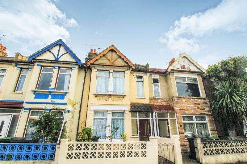 3 Bedrooms Terraced House for sale in Willoughby Lane, Totttenham, N17