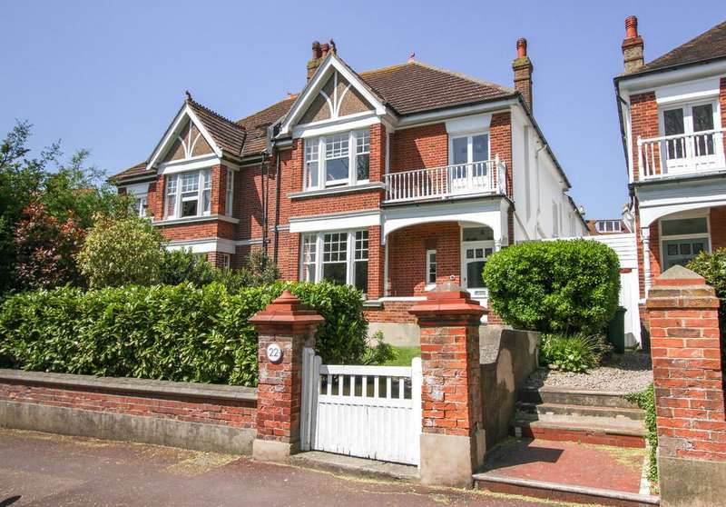 4 Bedrooms Semi Detached House for sale in West Drive, Brighton