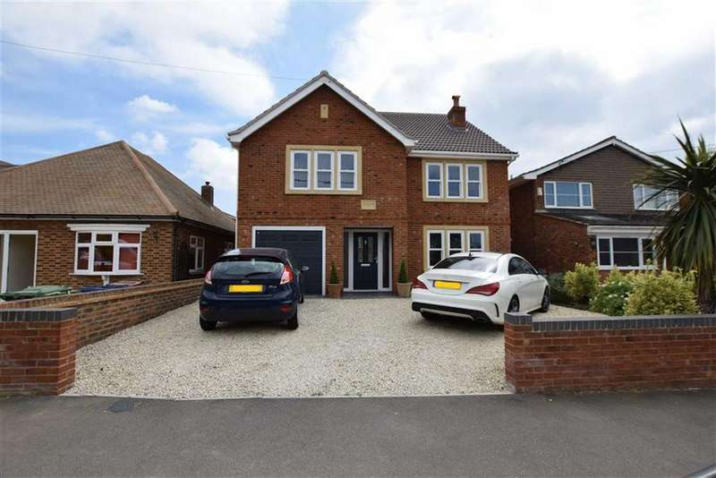 4 Bedrooms Detached House for sale in Hillcrest Road, Horndon-on-the-hill, Essex