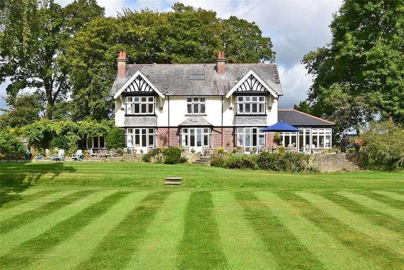 6 Bedrooms Detached House for sale in Shute Road, Kilmington, Axminster, Devon