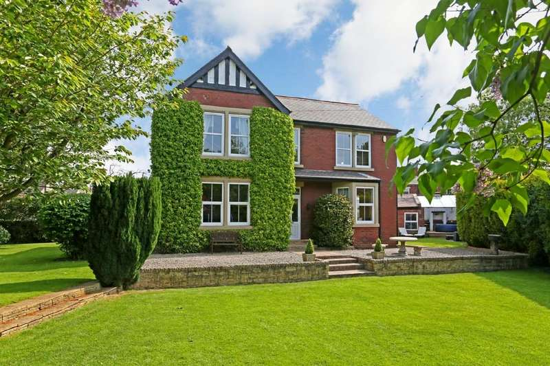 4 Bedrooms Detached House for sale in Tun Lane, South Hiendley S72