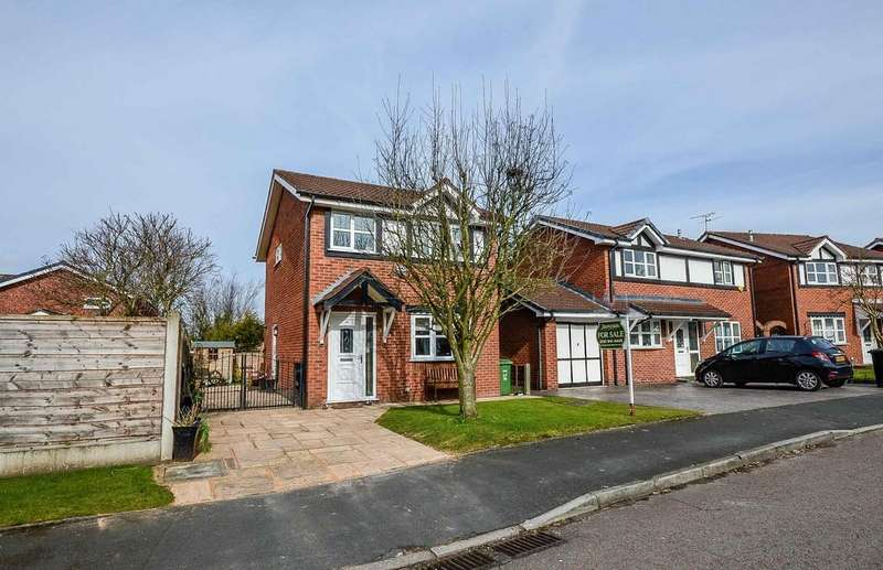 3 Bedrooms Detached House for sale in Medway Crescent, Altrincham