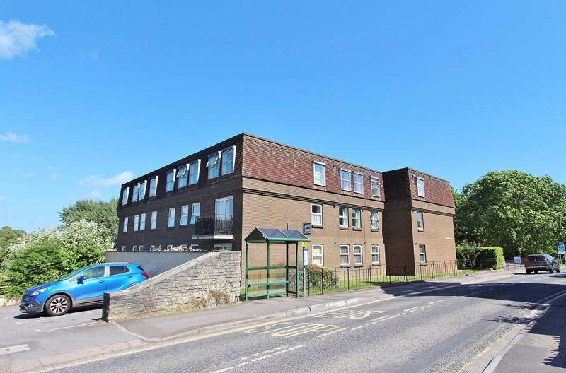 2 Bedrooms Flat for sale in Temple Street, Keynsham, Bristol