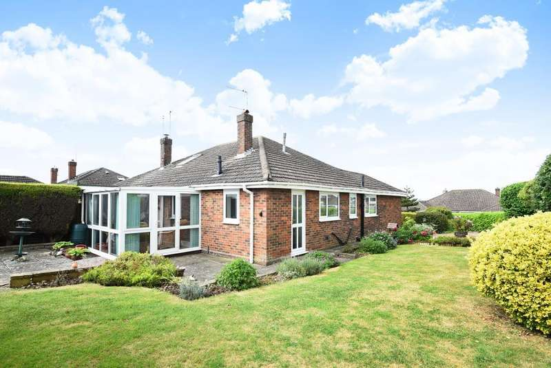 2 Bedrooms Bungalow for sale in Chesham, Buckinghamshire, HP5