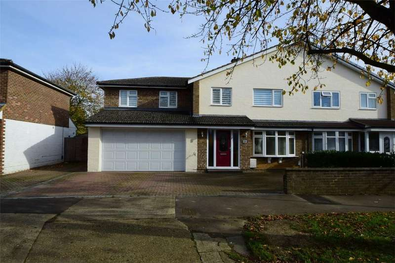 5 Bedrooms Semi Detached House for sale in Wood Drive, STEVENAGE, Hertfordshire