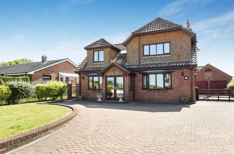 4 Bedrooms Detached House for sale in Sunderton Lane, Clanfield, PO8