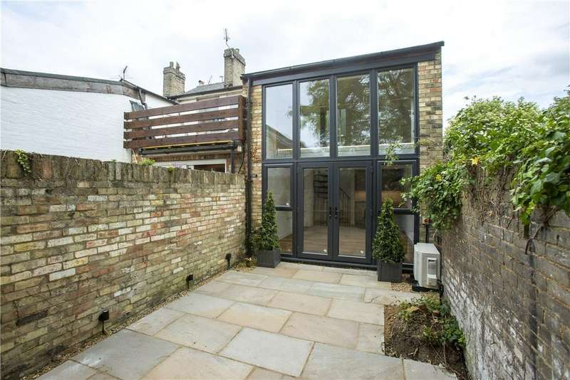 1 Bedroom End Of Terrace House for sale in City Road, Cambridge, Cambridgeshire, CB1