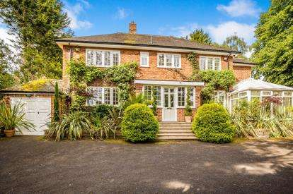 4 Bedrooms Detached House for sale in Prospect Road, Prenton, Wirral, CH42