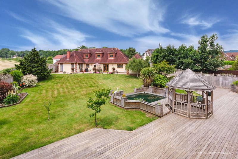 5 Bedrooms Detached House for sale in Tyla Garw, Pontyclun, Rhondda Cynon Taff, CF72 9EZ