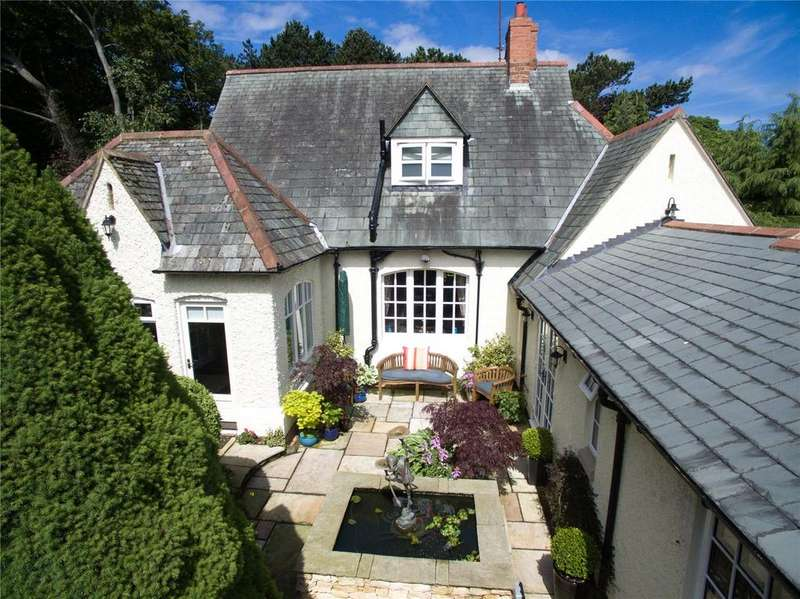 4 Bedrooms Detached House for sale in Stokesley Road, Guisborough