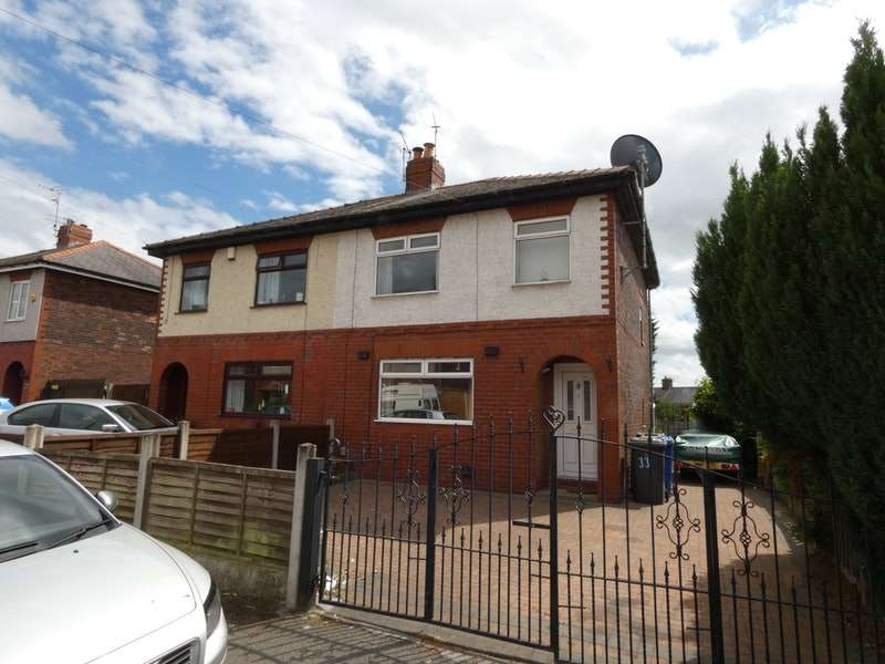 3 Bedrooms Semi Detached House for sale in Sherwood, Manchester, Greater Manchester, M29