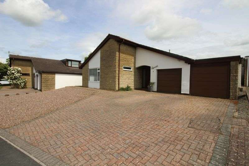 3 Bedrooms Property for sale in Cheddar Close, Nailsea