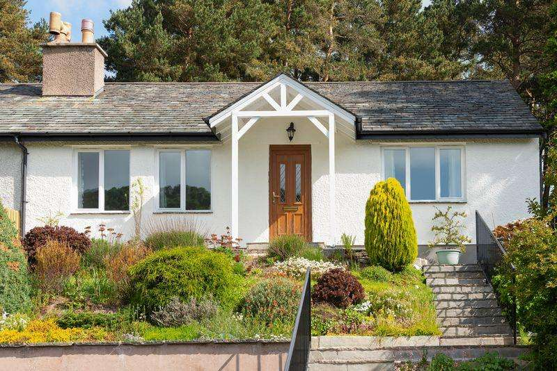 3 Bedrooms Semi Detached Bungalow for sale in 62 Burnbanks, Haweswater, Penrith