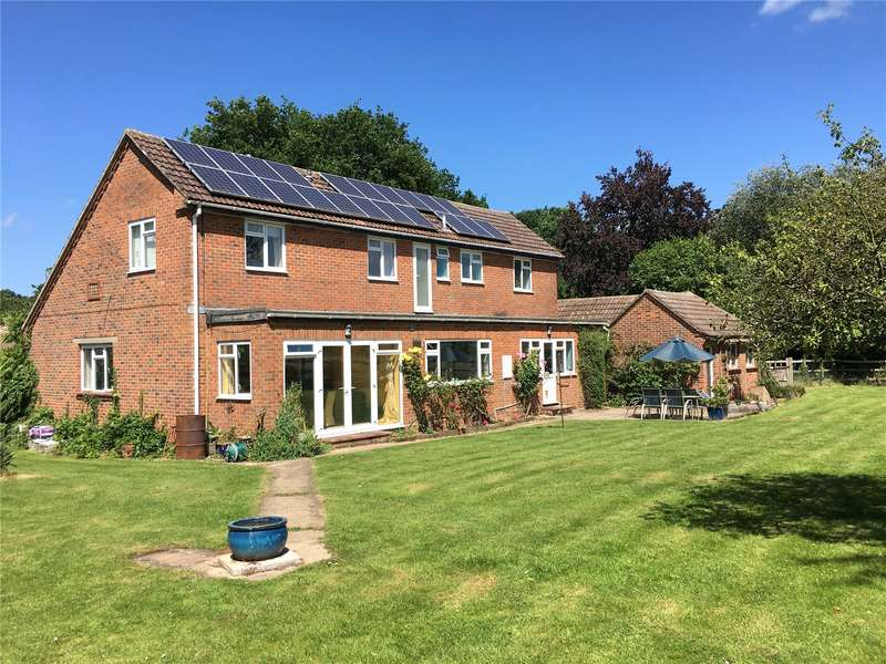 5 Bedrooms Detached House for sale in Wellow Wood Road, West Wellow, Romsey, Hampshire, SO51