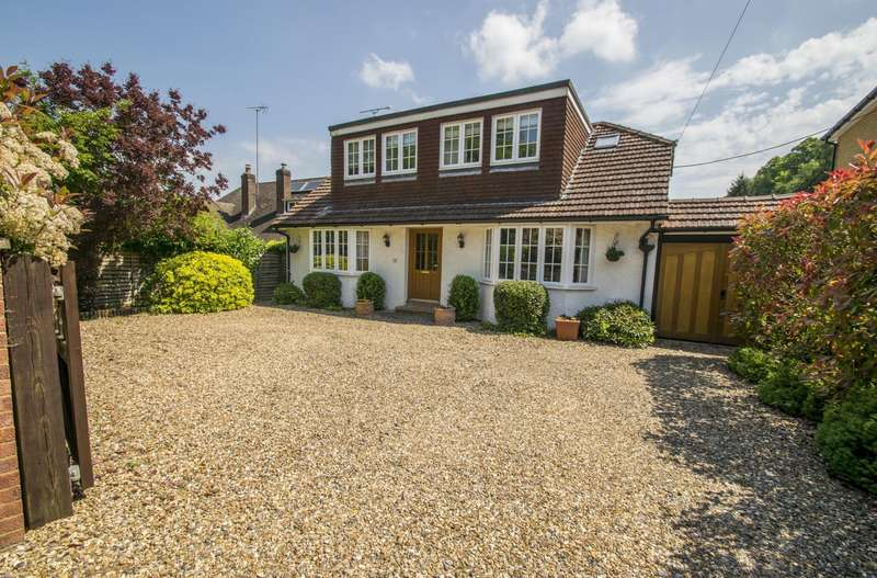 4 Bedrooms Detached House for sale in Wallingford Road, Goring on Thames, RG8