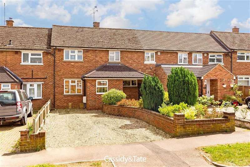 2 Bedrooms Terraced House for sale in Cavan Drive, St Albans, Hertfordshire