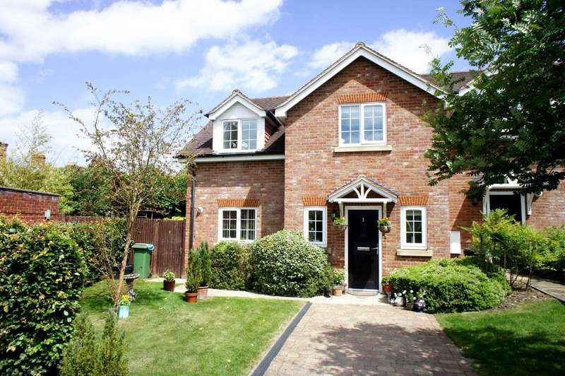 4 Bedrooms End Of Terrace House for sale in Hamilton Road, Wargrave